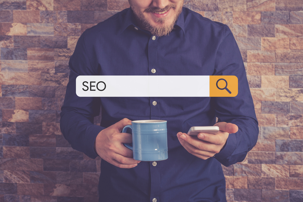 82% of searchers choose a familiar brand for the first click [study]